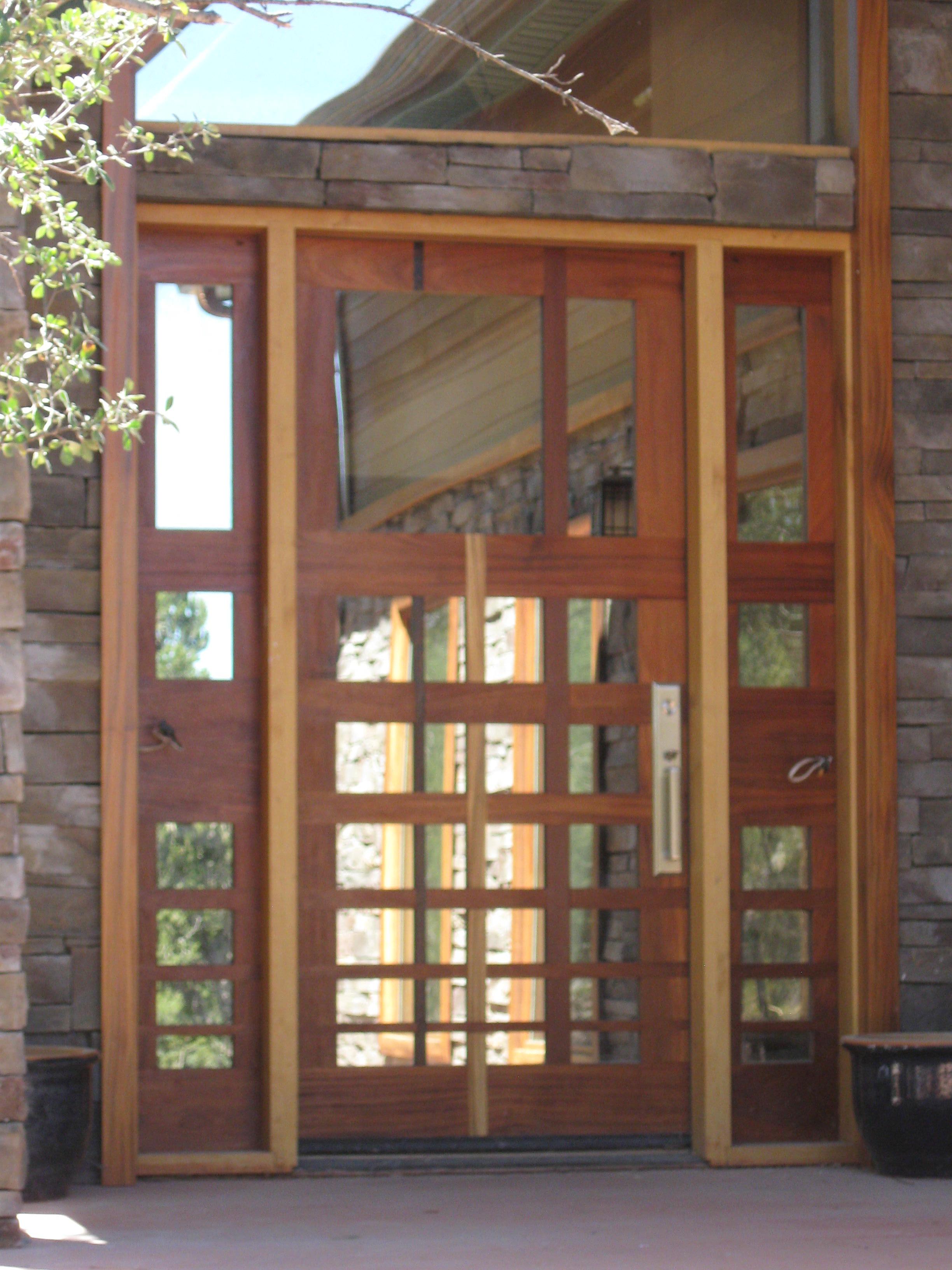Leutwyler Entry
