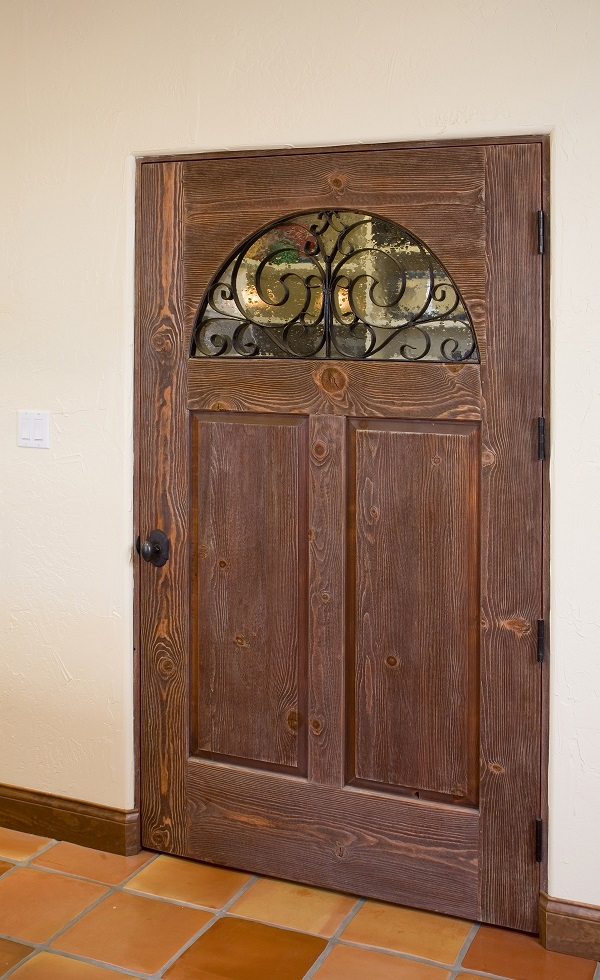 Plaza Consuelo Pantry Door